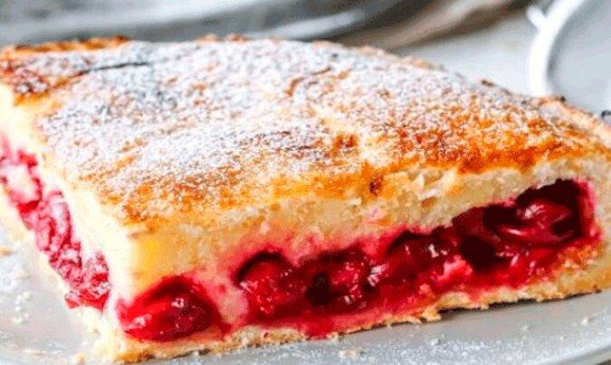 """Ciasto """"Wisienka"""" na kefirze. Łatwe w przygotowaniu"""