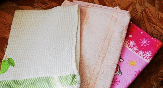 Olej roślinny w walce o czystość ręczników kuchennych. Japoński sposób
