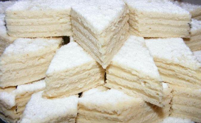 Tort Królewna Śnieżka. Niesamowicie lekkie i puszysty