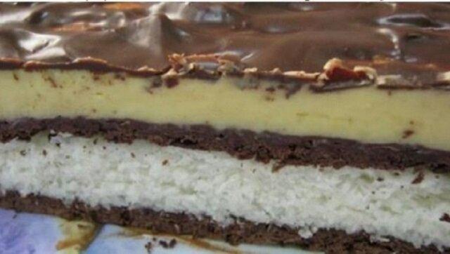 Gdy moja mama chce szybko zrobić ciasto, zawsze sięga po ten przepis. Będzie szybko, bez pieczenia i obłędnie smacznie