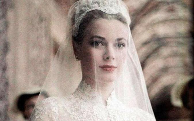 Panna młoda z Inguszetii powtórzyła ślubny wizerunek Grace Kelly i została gwiazdą Internetu