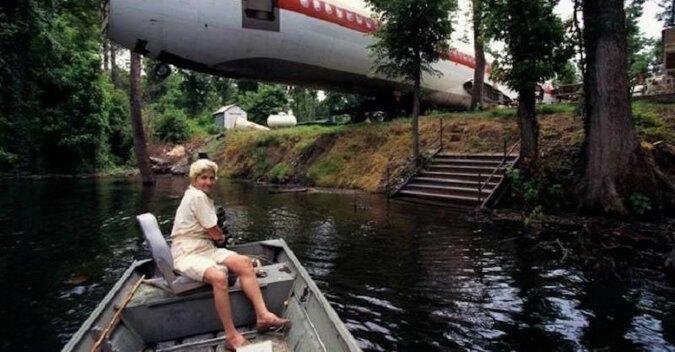 Amerykanka została bez domu i zasłynęła z tego, że zbudowała dom z samolotu