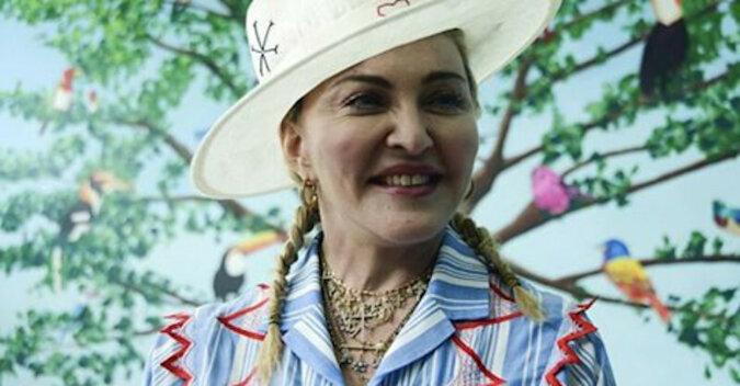 Madonna po raz pierwszy pokazała swoją szóstkę dzieci