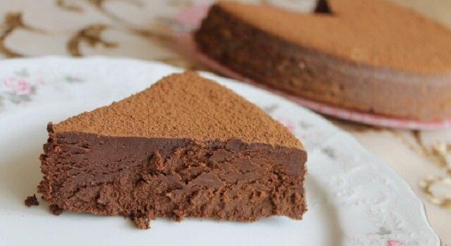 """Bardzo czekoladowo, bardzo delikatne: ciasto """"Trufla ewy"""""""