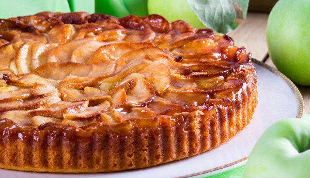 Bardzo apetyczne i niesamowicie smaczne ciasto jabłkowe na nowy sposób. Jabłka jak marmolada