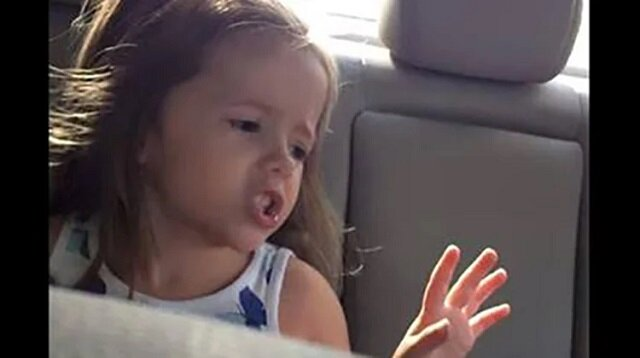 """Nie miała pojęcia, że   jest nagrywana i zaśpiewała """"Fancy"""" Reby. Zrobiła to perfekcyjnie"""