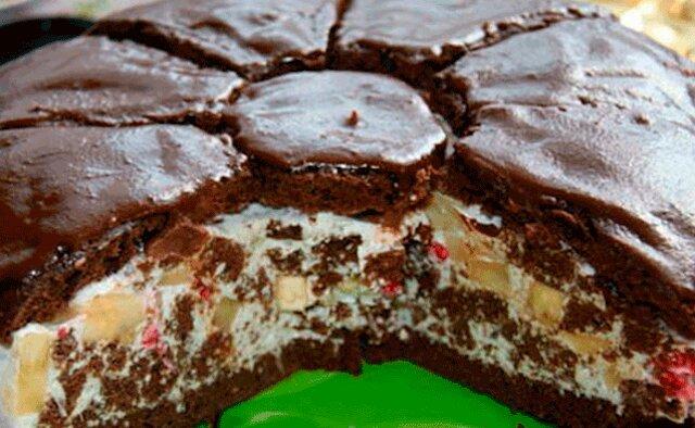 """Ciasto """"Rumianek afrykański"""" z nadzieniem owocowym i kremem: dla prawdziwych smakoszy"""