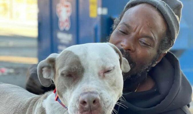 Bezdomny, ryzykując własnym życiem, uratował zwierzęta z płonącego schroniska