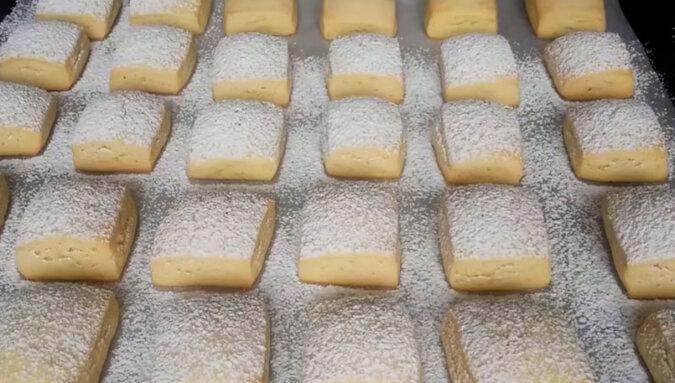 Pyszne i delikatne ciasteczka śmietankowe