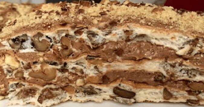 Domowy tort królewski z kremem. Palce lizać