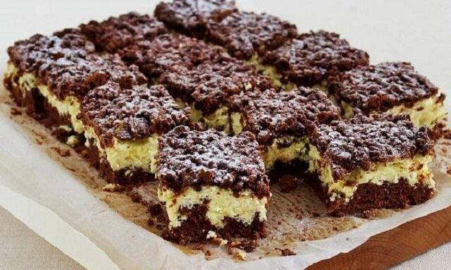 To jedno z prostszych ciast, jakie przygotujesz, a to nadzienie twarogowe jest niesamowite