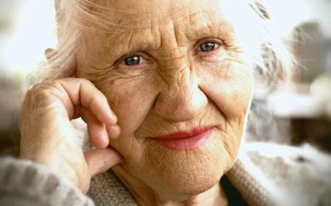 Czego nie robić, jeśli chcesz żyć dłużej niż 90 lat. Wskazówki dla stulatków