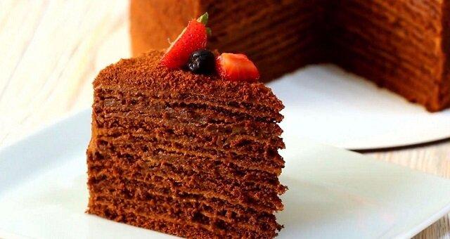 Przepis na ciasto miodowo-czekoladowe, które rozpływa się w ustach