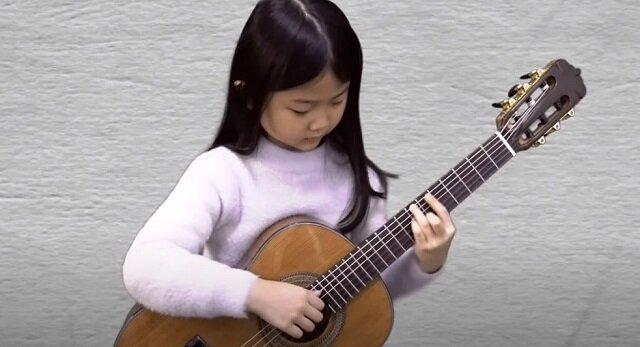 """""""Hotel California"""". Dziecko-orkiestra. Najbardziej wzruszające wykonanie i 5 milionów wyświetleń w dwa miesiące"""