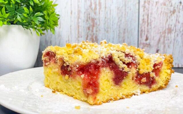 Przepis na pyszne ciasto z truskawek. Delikatne i bardzo smaczne