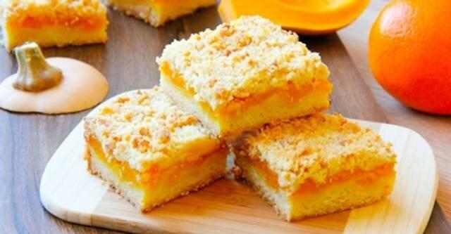 Pyszne ciasto sypane z dynią i pomarańczą. Palce lizać