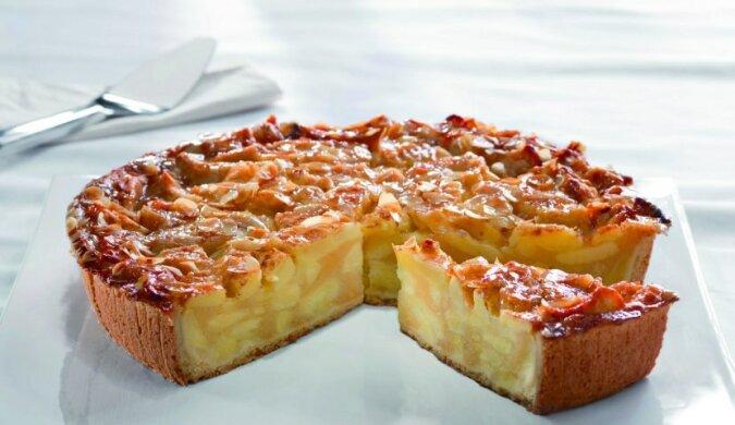 Wiedeńskie ciasto jabłkowe