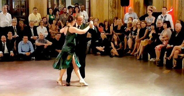 Niesamowity taniec. To naprawdę warto zobaczyć
