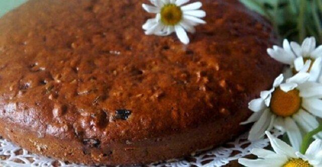 Jak przygotować chude ciasto ze śliwkami suszonymi