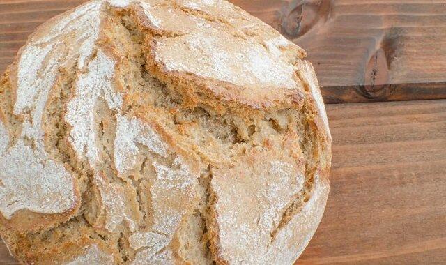 Przepis na chleb domowy na kefirze bez używania drożdży
