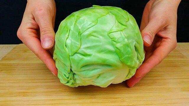 Niezwykła sałatka z kapusty: spędzam nie więcej niż 10 minut i wychodzi bardzo smaczna