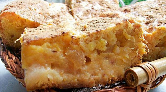 Deser z jabłkami, który jest delikatniejszy i smaczniejszy niż jakakolwiek szarlotka. Niesamowicie pyszny