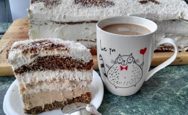 Puszysta chmurka. Wspaniałe ciasto