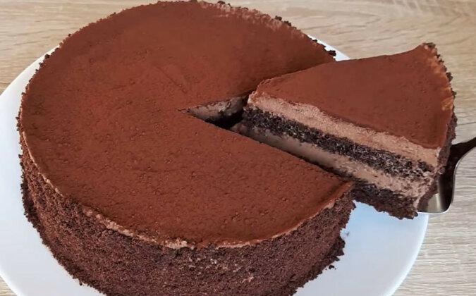 Tort truflowy o czekoladowym smaku. Delikatny i bardzo smaczny