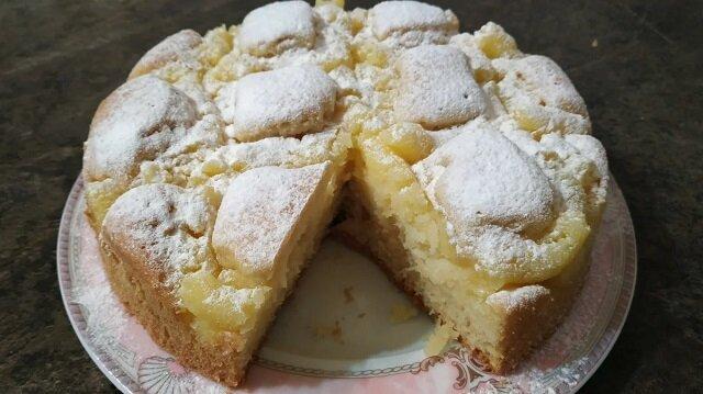 To ciasto rozpływa się w ustach. Jest bardzo smaczne i proste w przygotowaniu