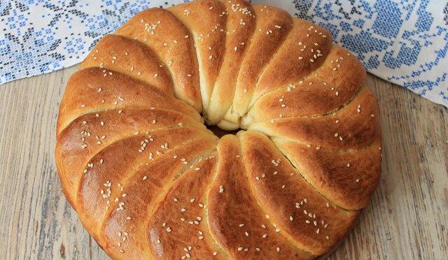 """Piekę chleb o nazwie """"słonie ucho"""". Pyszny wypiek"""