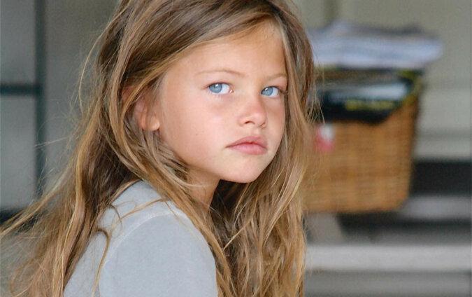 10 lat temu ta dziewczyna została uznana za najpiękniejszą na świecie. Ma teraz 18 lat i tak wygląda