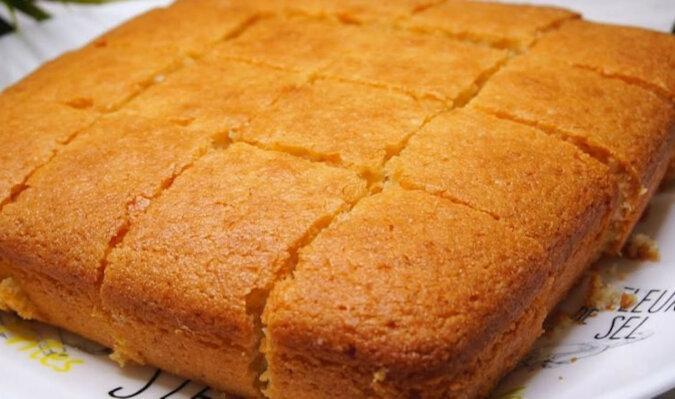 Ciasto cytrynowe z kefirem. Pycha