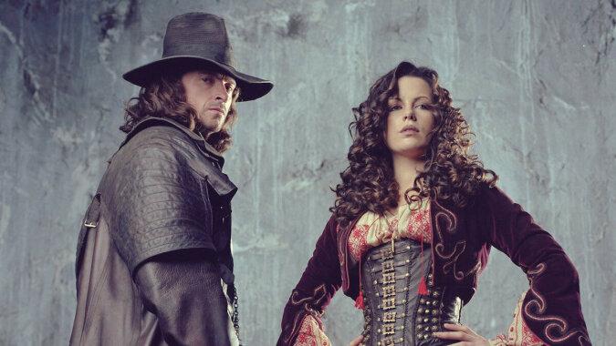 """Gwiazda filmu """"Van Helsing"""" kończy 47 lat, jej ukochany ma 23 lata - piękna Brytyjka Kate Beckinsale"""