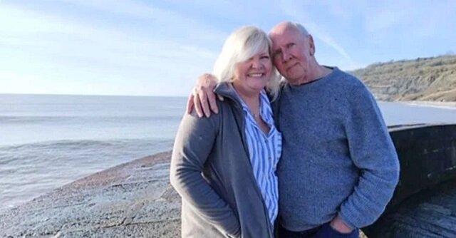 Po 38 latach poszukiwań kobieta odnajduje swojego ojca na liście jej sugerowanych znajomych