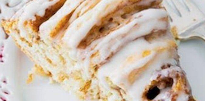 Ciasto-rolada z cynamonem - pyszny i aromatyczny wypiek do herbaty