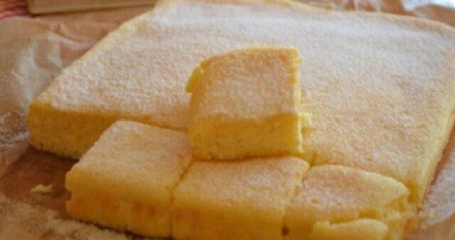 Błyskawiczny przepis na ciasto z twarogiem. Każdy kawałek rozpływa się w ustach