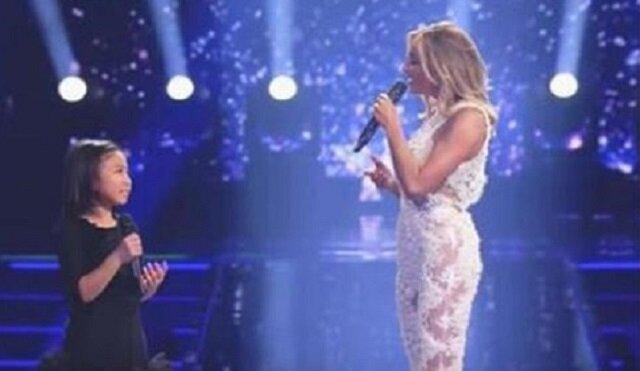 """Wielka gwiazda zapytała małą dziewczynkę, czy ta może zaśpiewać """"You Raise Me Up"""". Już kilka sekund później miałam na ciele gęsią skórkę"""