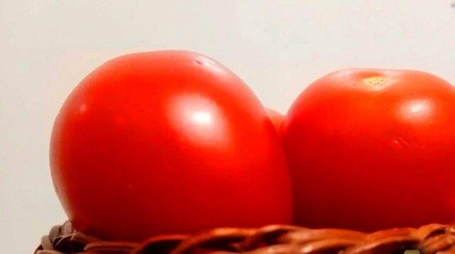 Nie zapomnij pomyśleć, co zrobisz z takim mnóstwem pomidorów po zastosowaniu tego nawozu