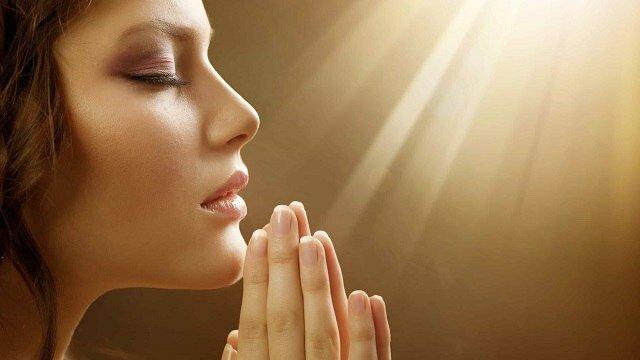 Modlitwa. Czytaj ją każdego ranka i obserwuj jak Twoje życie zmienia się na lepsze