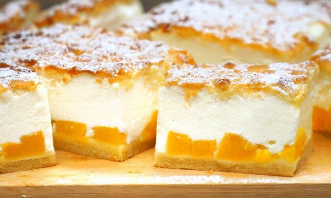 """Niesamowite ciasto """"1000 bąbelków"""". Bez herbatników i żelatyny"""