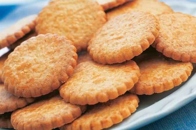 Ciasteczka cukrowe: szybkie i smaczne rodzinne herbatniki