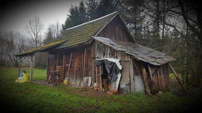 Mieli zawieźć samotnej staruszce tylko kilka niezbędnych rzeczy. W 6 dni przebudowali prawdziwą ruinę w normalny dom