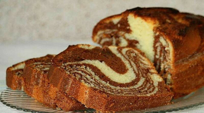 Ciasto marmurowe ze skondensowanym mlekiem. Uwielbiam ten pyszny deser za jego szybkie przygotowanie