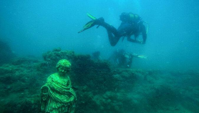 Nurkowanie w starożytnych ruinach: niezwykłe podwodne muzeum we Włoszech