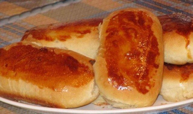 Pierożki z ziemniakami z ciasta drożdżowego. Wychodzą puszyste, miękkie i aromatyczne