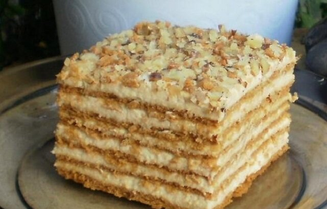 Ciasto Marlenka. Rozpływa się w ustach