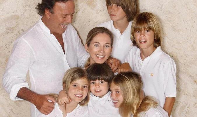 Jak teraz wyglądają 19-letnie bliźniaczki Julio Iglesiasa i modelki Mirandy Rinsburger