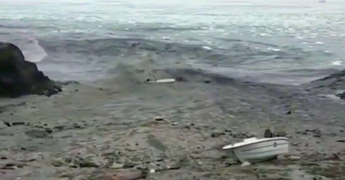 Rybacy uchwycili na wideo zbliżającą się falę tsunami