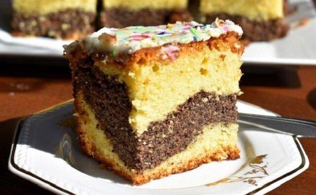 Ciasto makowe. Palce lizać
