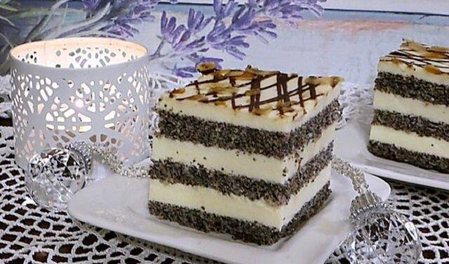 Ciasto makówka na biszkopcie makowym. Ciasto dość proste w wykonaniu. Jednak ten przepyszny deser zachwyci wyglądem i smakiem